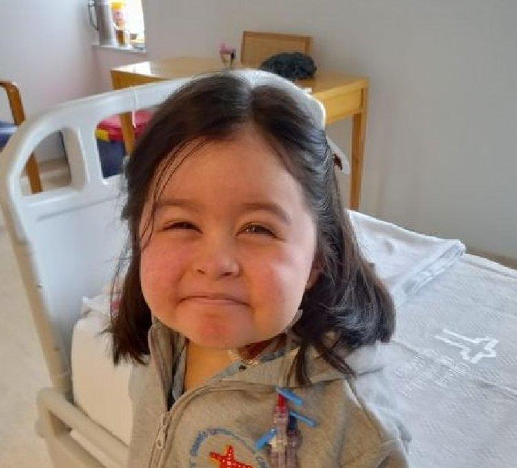"""Madre de la pequeña """"Lulú"""" llama a los linarenses a seguir rezando por la salud de su hija"""