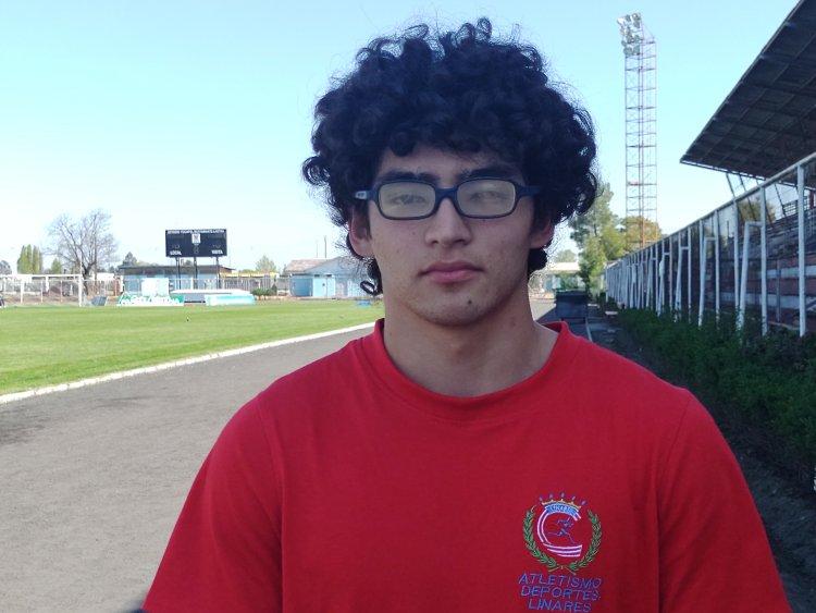 La increíble historia del joven campeón de decatlón Cristían Baeza