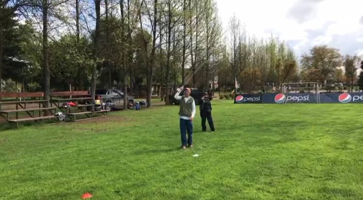 Especialista de ESPN dicta taller de pesca con mosca en Linares