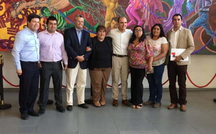"""Solucionan problemas de accesibilidad para 110 familias de Comité """"Santa Teresita"""" de San Javier"""