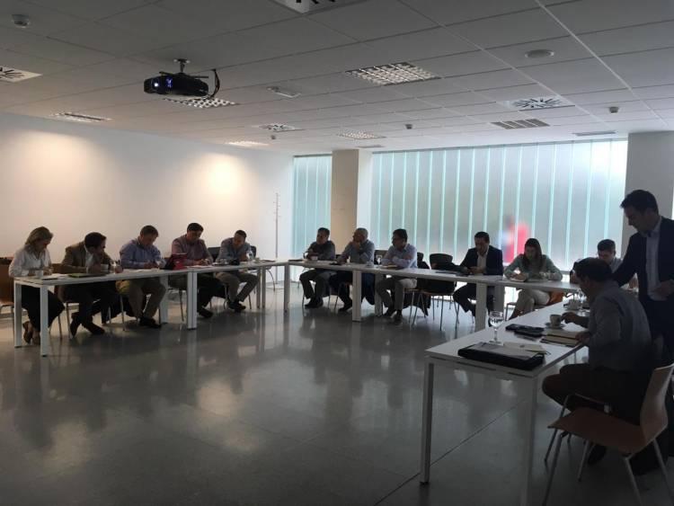 Empresario de los arándanos participa en gira tecnológica