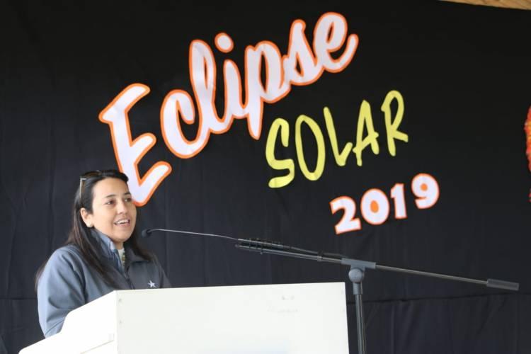 """""""Campaña Eclipse Seguro"""" llegó hasta la escuela de Llancanao"""