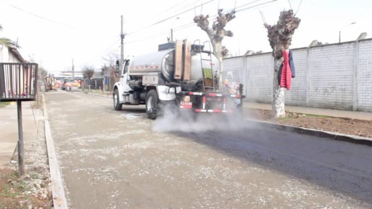 Avance del 60% tiene mejoramiento de pavimentos en Linares