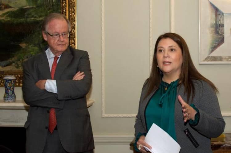 Linarense asume el cargo de vicepresidenta de la Asociación Nacional de Mujeres Periodistas