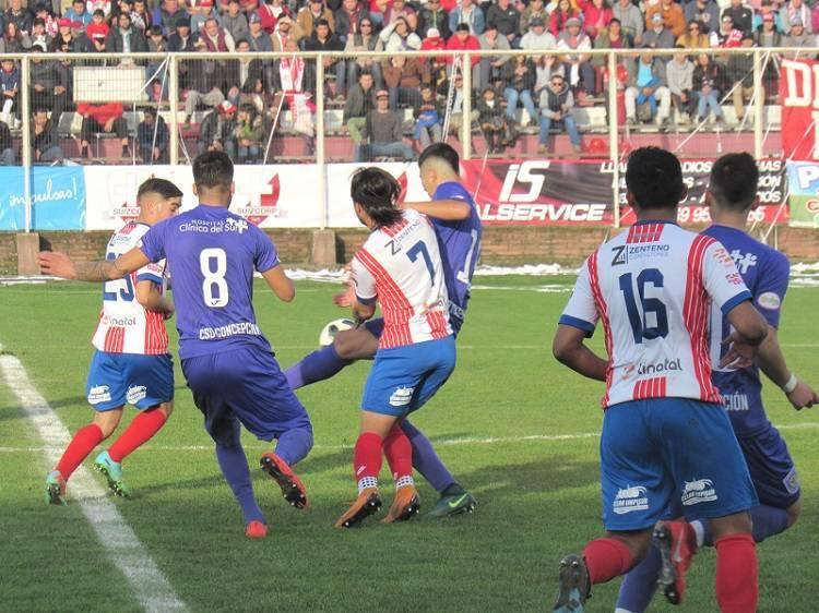 Linares juega con Municipal Santiago y se ilusiona con el ascenso
