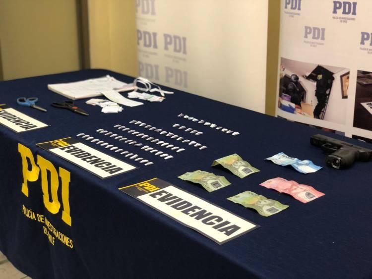 PDI detiene a mujeres dedicadas a la venta de droga en Salida Huapi