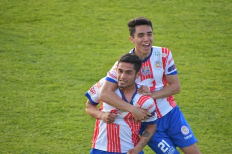 Deportes Linares juega a estadio lleno por el  ascenso a la  Segunda División Profesional