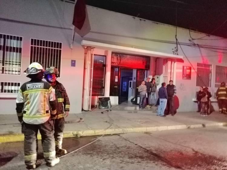 Bengala provocó incendio de las oficinas de Serviu Linares