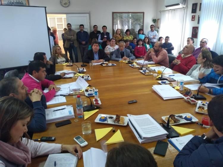 Concejo de Linares aprueba millonaria nueva planta municipal