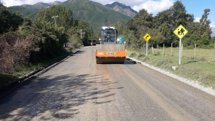 Comenzó mejoramiento de tramo caminero Roblería-Chupallar en el Cajón Ancoa