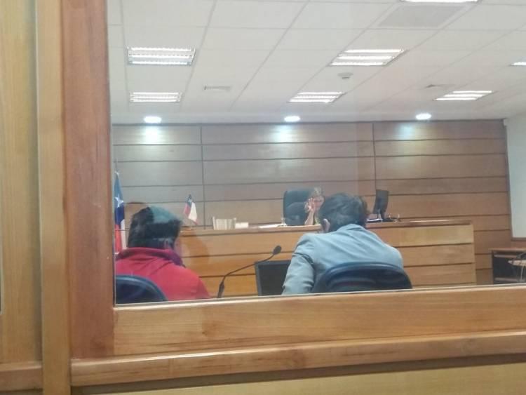 Cinco años y un día de cárcel arriesga mujer que incendió mediagua y atacó a su pareja