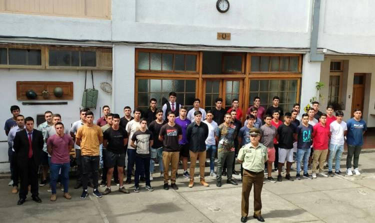 Alto interés de jóvenes linarenses por ingresar a la Escuela de Formación de Carabineros de Chile