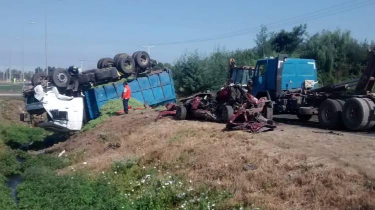 Congoja y luto por muerte de cuatro personas en violento accidente de tránsito