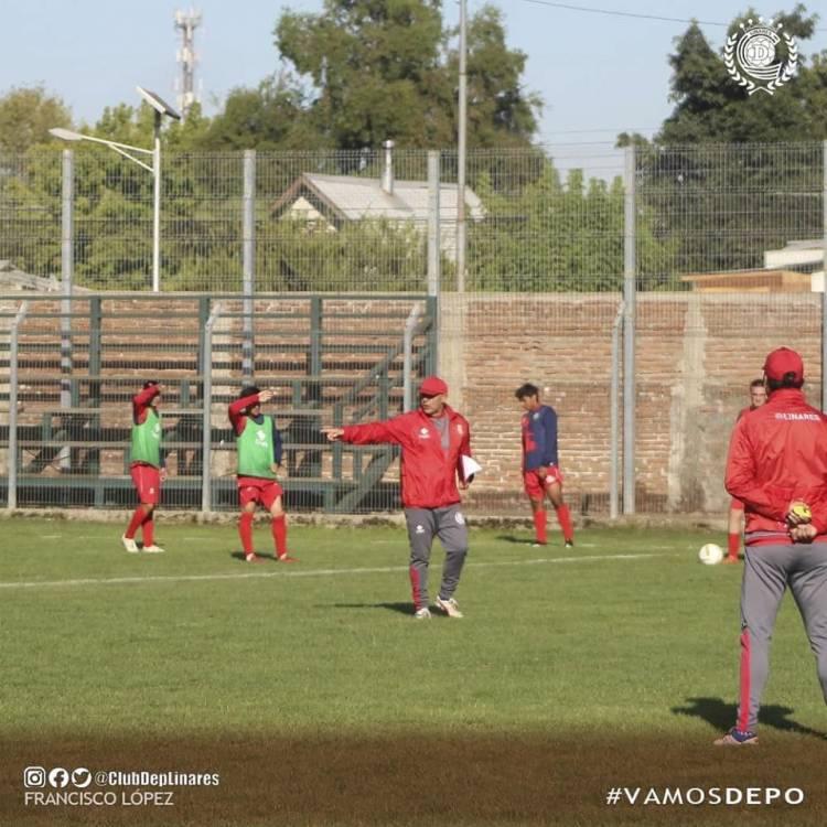 """El """"Depo"""" juega duelo amistoso con miras al debut ante General Velásquez"""