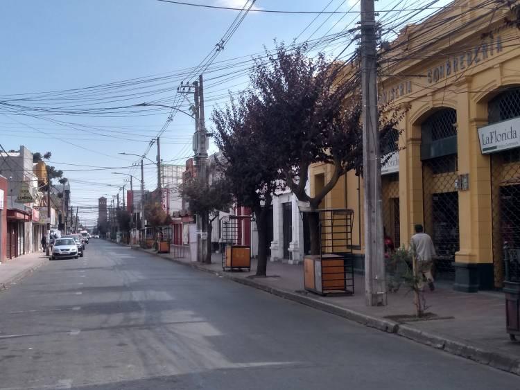 Covid-19 en Linares: ¿Es posible hacer cuarentena voluntaria en la capital del sueldo mínimo y la cesantía?