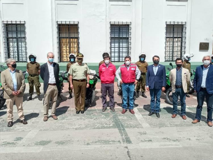 Gobierno Regional entrega 39 motos todo terreno a personal de Carabineros de Linares y Cauquenes