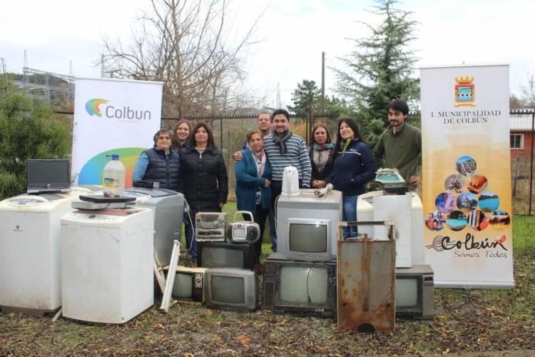Operativo de recolección de electrodomésticos y pilas en desuso en Colbún