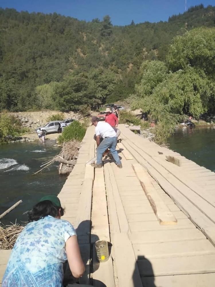 """MOP confirma que se construirá puente en el sector """"La Recova"""" al interior del Santuario Achibueno"""