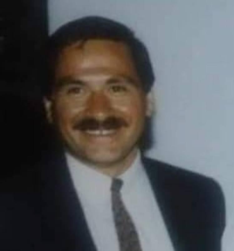 El sentido homenaje del pintor Claudio Sepúlveda al maestro, gestor cultural y dirigente deportivo Eduardo Méndez Parada