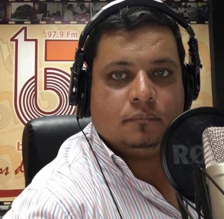 Hospitalizan a comunicador social Iván Valdivia