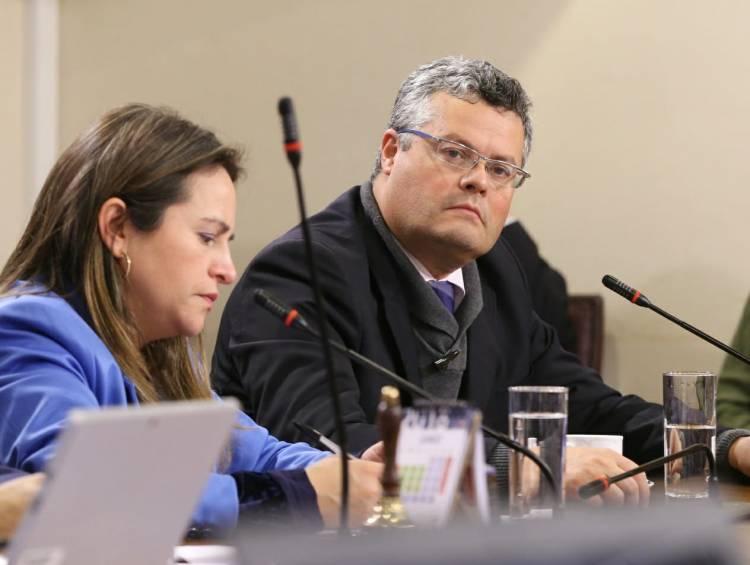 Diputado Rentería valora anuncios del Ejecutivo de extender subsidio y ley de protección al empleo