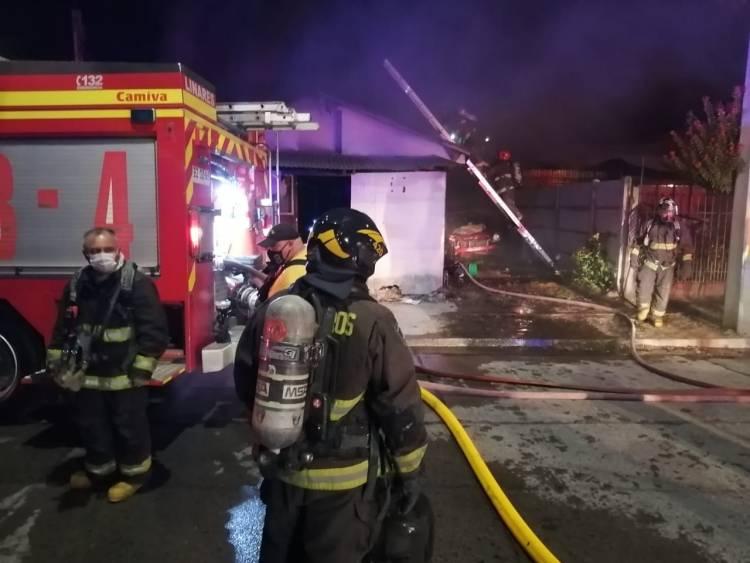 """No se descarta intervención de terceras personas en incendio que dejó siete damnificados al interior de población """"18 de Septiembre"""""""