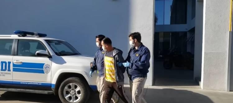 """Cárcel para sujeto de 26 años que violó a mujer mayor de edad en sector """"Lomas de Las Tortillas"""" en Villa Alegre"""
