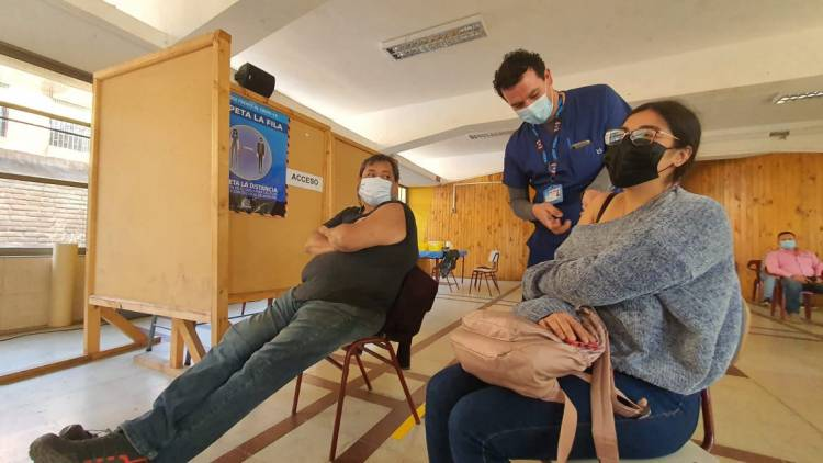 Seremi de Salud niega que Linares sea la capital nacional de la positividad del Covid-19