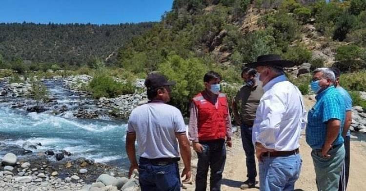 """MOP y Municipalidad de Longaví confirman construcción del puente """"La Recova"""" en la zona del Santuario Achibueno"""